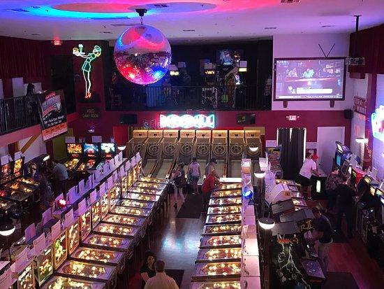 Silverball Pinball Museum