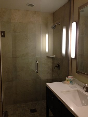 Holiday Inn San Diego-Bayside: Schönes, modernes Bad