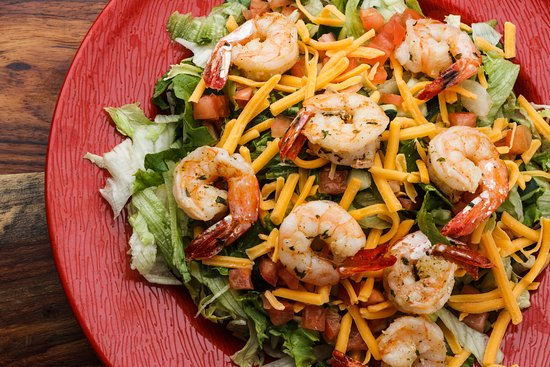 Crowley, LA: Grilled Shrimp Garden Salad