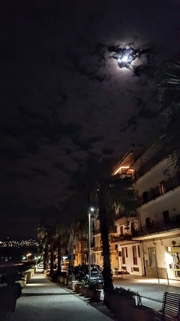 Hotel San Vincenzo: 20161209_221825_large.jpg