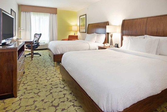 Hilton Garden Inn Boca Raton: Queen Guest Room