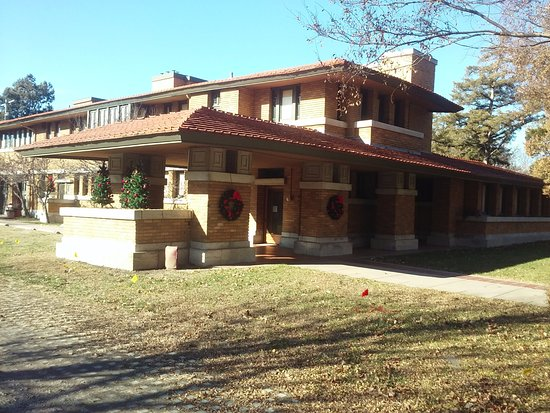 Frank lloyd wright 39 s allen house wichita ks anmeldelser for Allen house