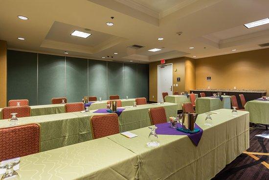 San Mateo, CA: Conference Room