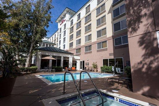San Mateo, CA: Pool
