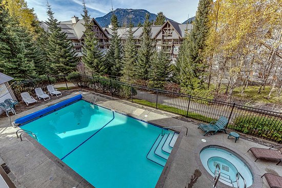 Greystone Lodge: Year Round Heated Pool and Hot Tub
