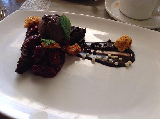 Inn On The Twenty Restaurant : Triple Chocolate Dessert