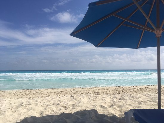 Playa Marlin: 2 Chairs/umbrella for the day - $200 MXN, azure waters and beautiful peaceful beach - priceless