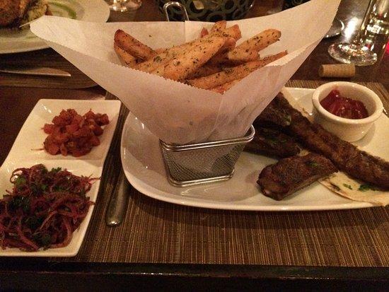 Pera Mediterranean Brasserie : lamb duo