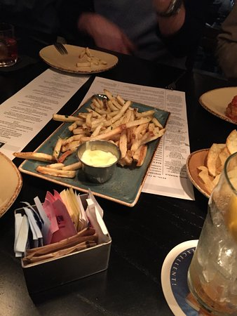 Revel Kitchen and Bar: truffle fries