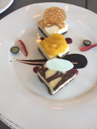 Flatts Village, Бермуды: Yummy Assorted cheesecake