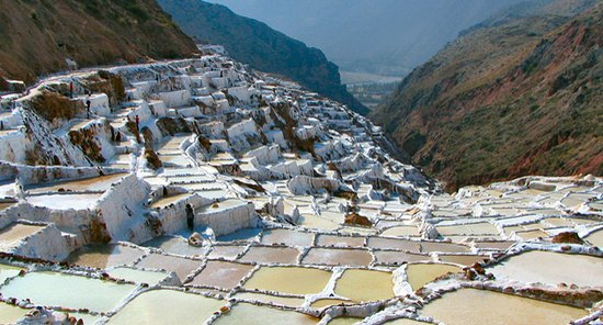Urubamba, Perú: Salt mines, spectacular place, you can visit using diferent ways by car, trekking, ATV, Horses,