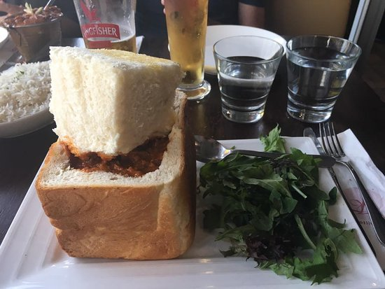 Browns Bay, New Zealand: The Bunny Chow! My first but wont be may last!