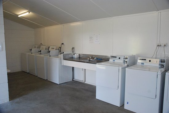 Avondale, New Zealand: Laundry
