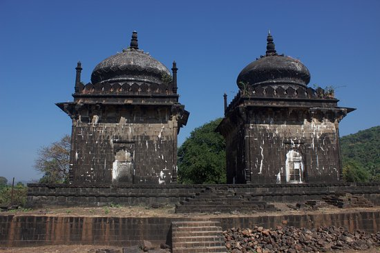 Murud, Индия: other tombs