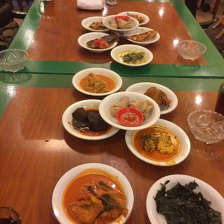 Natrabu Minang Restaurant: photo0.jpg