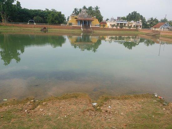Hindu temple at Kanadukathan