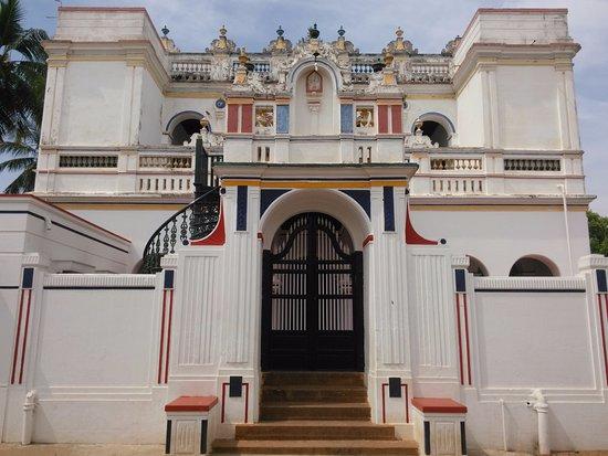 Kanadukathan, Hindistan: Front entrance