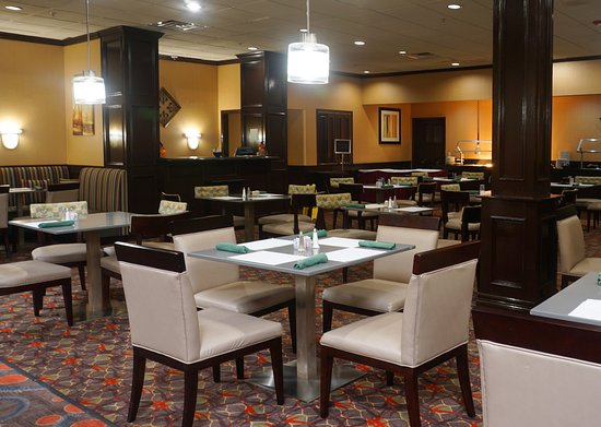 Holiday Inn Corpus Christi Airport Hotel & Conference Center: Restaurant