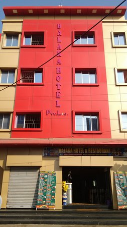 Digha, India: Balaka Hotel Pvt. Ltd. ( Restuarent ) A Nice Place to Enjoy Food and Cleanliness.