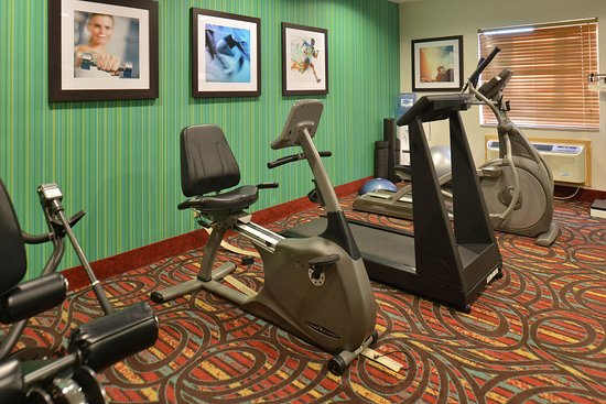 Lonoke, AR: Fitness Center