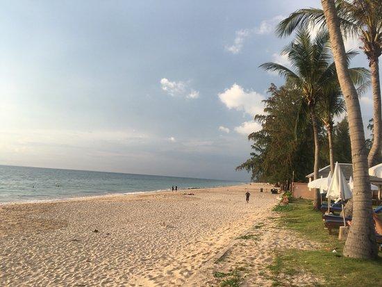 Lanta Casuarina Beach Resort : photo0.jpg