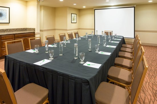 Holiday Inn Santa Ana-Orange County Airport : Our Irvine Room is perfect for your next corporate meeting