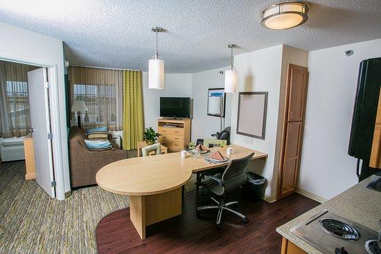 Candlewood Suites Fargo: Superior Room