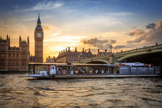The 10 Closest Hotels To Bateaux London Tripadvisor