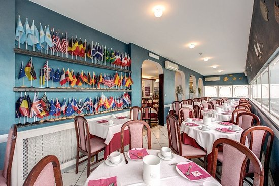 Hotel Pacific : 003758 Restaurant