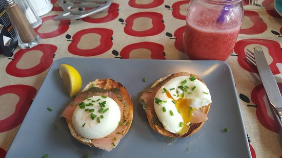 Cafe de Ville with Cornucopia Deli: Smoked salmon and poached egg! Real winner!