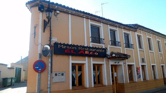 Meson restaurante el arco valladolid fotos n mero de tel fono y restaurante opiniones - Hoteles con piscina en valladolid ...