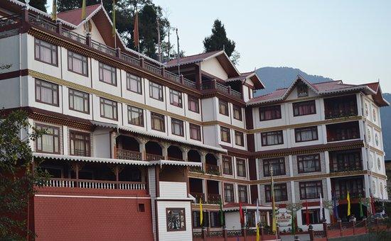 Tashiling Residency Hotel & Spa