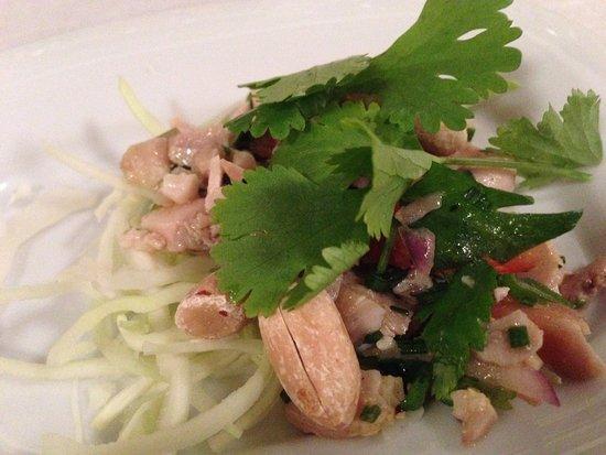 Cafe Restaurant de l'Ecluse: salad starter