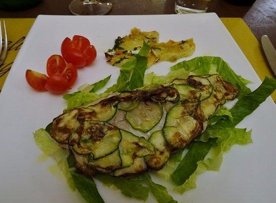Relazioni Culinarie: Spigola in crosta di zucchine