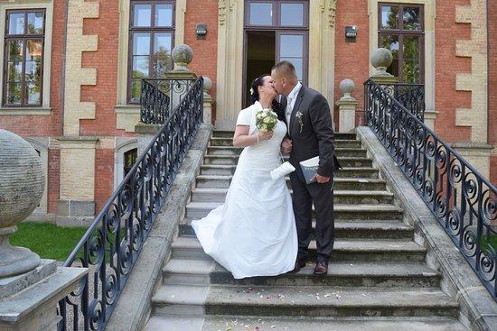 Hochzeit im Pferdestall ohne Hussen Bild von Orangerie Schloss