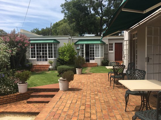 Melville Manor Guest House: photo1.jpg