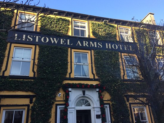 Listowel Arms Hotel: photo0.jpg