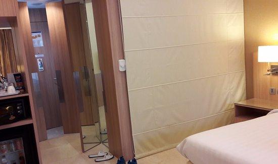 Novotel Surabaya Hotel and Suites ภาพ