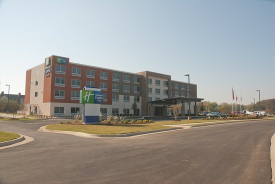‪Holiday Inn Express & Suites Decatur‬