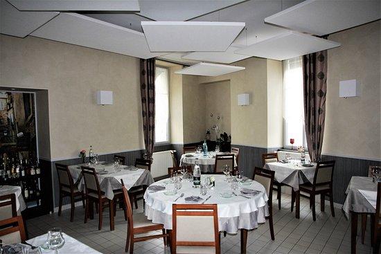 Beaumont pied de boeuf photos featured pictures of - Petite salle a manger ...