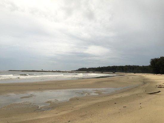 Narathiwat, Thailand: ชายหาดนราทัศน์