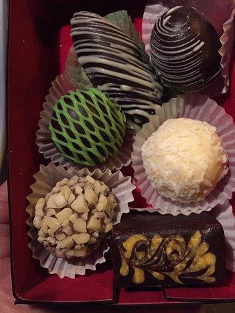Очень вкусные конфеты ручной работы