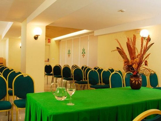 Alboran Chiclana: 451315 Meeting Room
