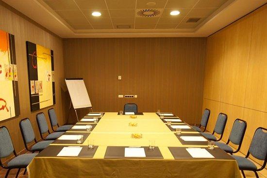 Andia Hotel Pamplona: 450403 Meeting Room