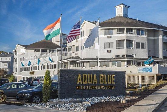 aqua blue hotel updated 2017 reviews price comparison. Black Bedroom Furniture Sets. Home Design Ideas