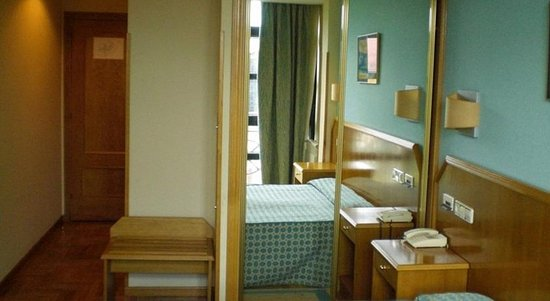 Hotel Astures: 450609 Guest Room