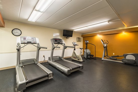 Quality Inn & Suites : Fitness center