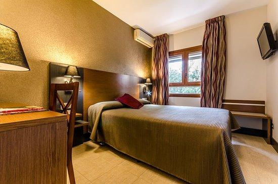 Hotel Regio Cadiz: 001220 Guest Room