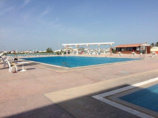 Pool - Picture of Oasis Hotel And Beach Club, Doha - TripAdvisor