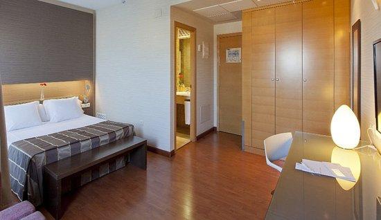 Hotel Vertice Sevilla: 601662 Guest Room